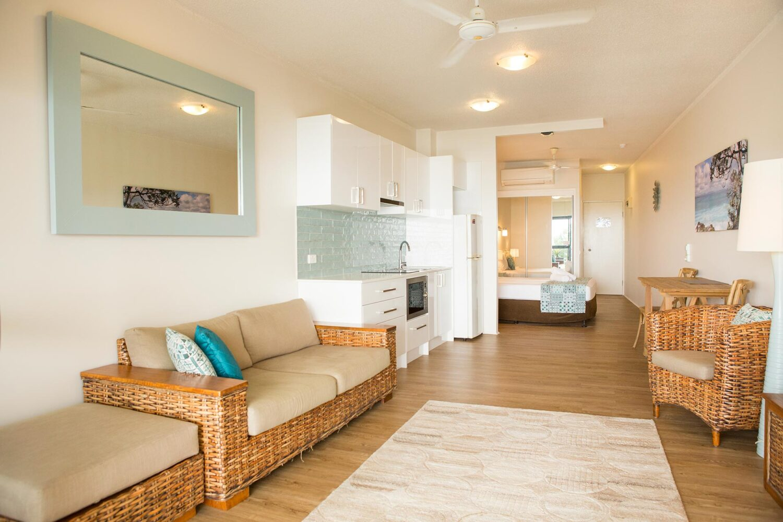 u402-trinity-beach-accommodation