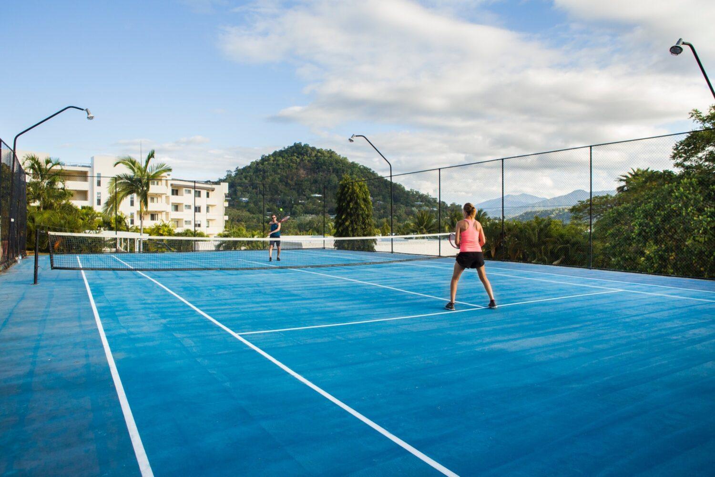 amaroo-resort-tennis-court-2