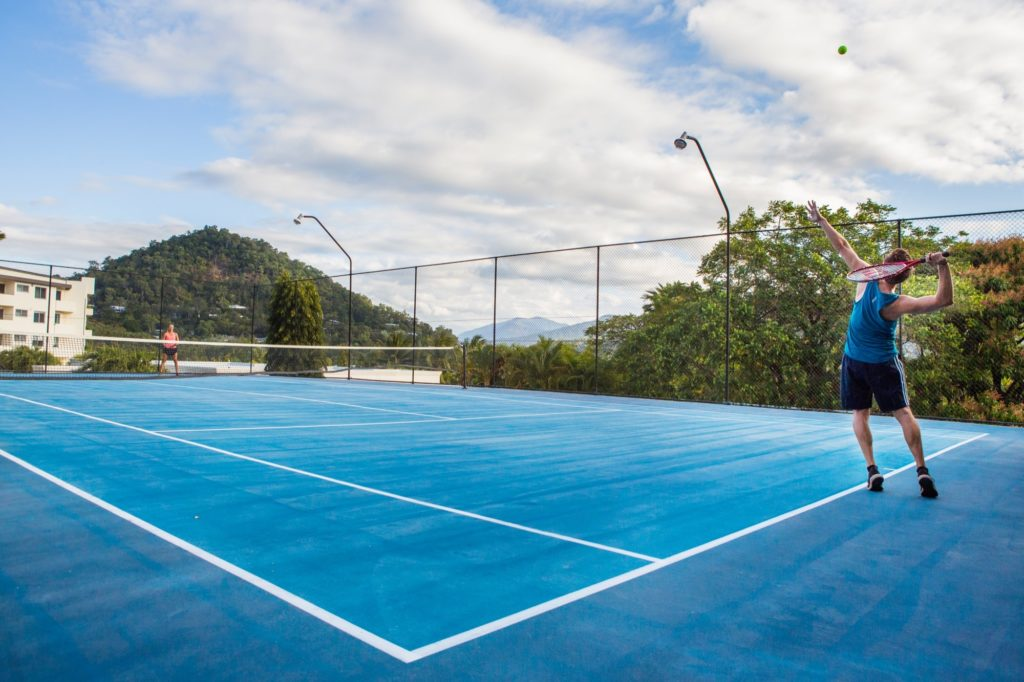 amaroo-resort-tennis-court-5
